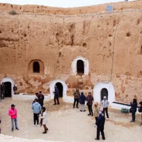 Tunisia 8 Di 24